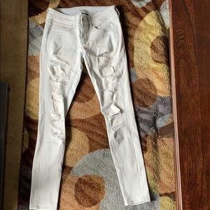 American Eagle Super Stretch Rip Lightwashed jeans